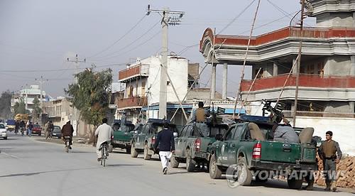 아프간 국영방송국에 무장괴한 침입·총격전…인명피해 우려