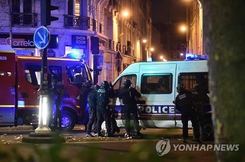 130명 희생 파리 연쇄테러 핵심용의자 행방 여전히 '오리무중'