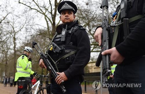 英경찰, 차량 테러 땐 '운전자 사살' 지침 내려