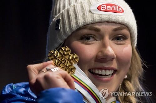 시프린, 알파인 세계선수권 여자 회전 3연패 달성