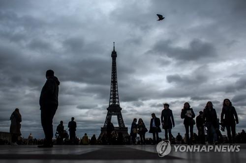 유럽서 '햇볕 실종사건'…한달 해뜬 시간 10시간반
