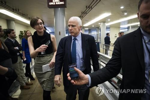 """美상원 군사위원장 """"中, 북한에 제대로 안 하면 불이익 받아야"""""""