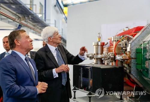 """""""열렸다, 참깨"""" 중동 첫 입자가속연구소 SESAME 출범"""