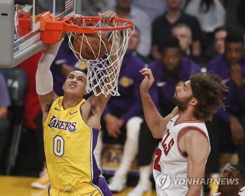 NBA LA 레이커스, 시카고 불스에 103-94 역전승…2연승