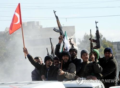 러시아, '쿠르드 지역서 철수' 부인…공격 준비 터키 '난감'
