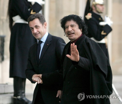 프랑스도 전 대통령 부패스캔들…사정당국, 사르코지 정조준(종합2보)