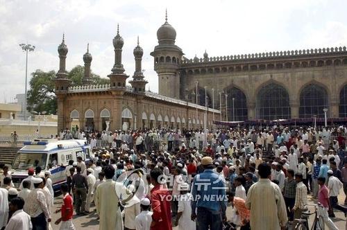 印, 이슬람사원 테러혐의 힌두교도에 '무죄'…종교갈등 재연되나