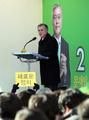 Moon lance sa campagne officielle à Busan