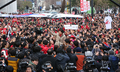 Park Geun-hye salue le public à COEX