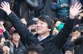 Ahn Cheol-soo continue sa campagne de soutien pour Moon