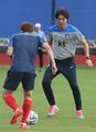 韩国队主教练带队训练
