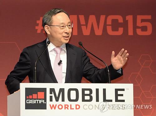 올해 MWC 문 여는 황창규 KT 회장…통신산업 비전 제시