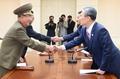 꿈틀대는 남북 민간교류…10월 방북 인원 20배 급증