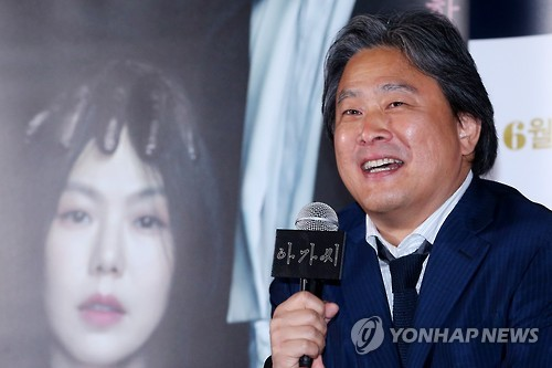 영국 사로잡은 '아가씨'…박찬욱식 미장센과 관능미(종합)