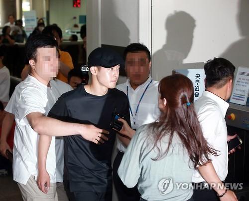 검찰, '사기미수' 김현중 전 여자친구에 징역 1년4개월 구형