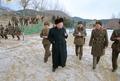 Kim Jong-un dans une unité militaire