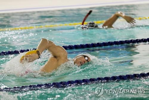 [전국체전 수영] 역시 박태환…자유형 200m 예선 '압도적' 1위