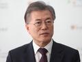 文, 탄핵집중 속 민생행보로 안정감 강화…'安 발언' 대응 고민