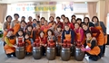 Migrant wives learn to make traditional sauces