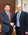 Avec l'ambassadeur koweïtien