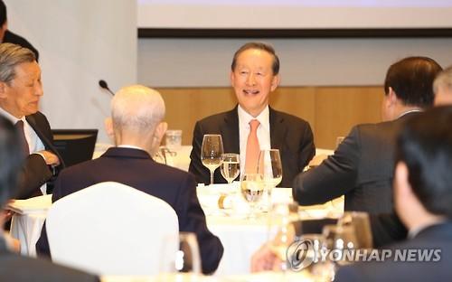 썰렁한 전경련 총회…회원사 80%, 위임장만 내고 불참
