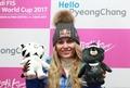 Lindsey Vonn y las mascotas de las olimpiadas de PyeongChang