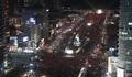 Des bougies illuminent le centre de Séoul