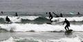 Surf sur la mer du primtemps