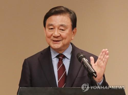 """홍석현 """"이재용 구속에 홍라희, 가슴 찢어진다고 해"""""""