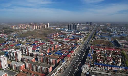 시진핑 2기 앞두고 中지표 호전…집값 상승세 둔화·실업률 하락