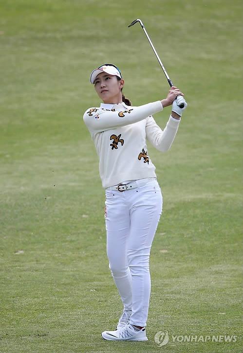 '11언더파' 김민선, 넥센·세인트나인 우승…KLPGA 시즌 첫승