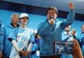 El candidato presidencial Yoo con su hija