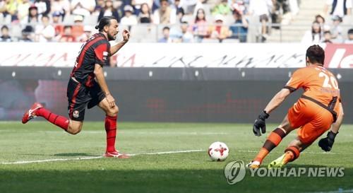 데얀, FC서울 공식경기 최다출전 신기록…'306경기'