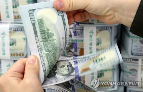 """원/달러 환율 하락 마감…""""금통위 효과는 미리 반영된 듯"""""""