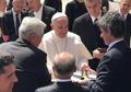 El papa Francisco recibe el cinturón negro de taekwondo