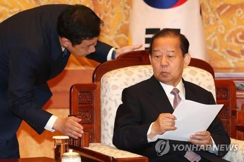 """""""北 계속 몰아붙이다 폭발할라""""…日서 지나친 대북압박 경계론"""