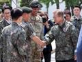 文大統領 韓米連合軍司令部を訪問