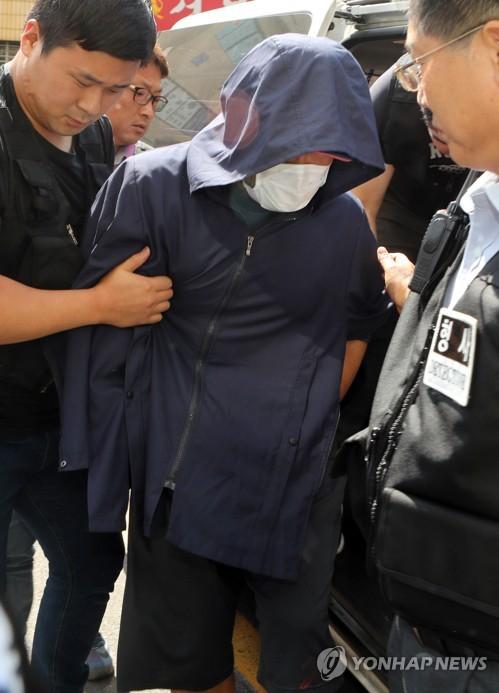 아파트 외벽 작업자 밧줄 자른 살인범 '무기징역' 선고
