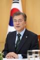 """文대통령 """"北머지않아 美본토 타격가능 핵탑재 ICBM 가질 것""""(종합)"""