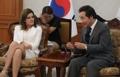 El primer ministro con la segunda vicepresidenta de Perú