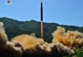 北朝鮮  「火星14」発射の写真公開