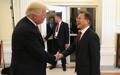 トランプ大統領と握手