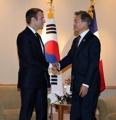 韓仏首脳が会談