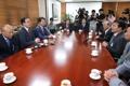 El ministro de Unificación con los empresarios de Kaesong