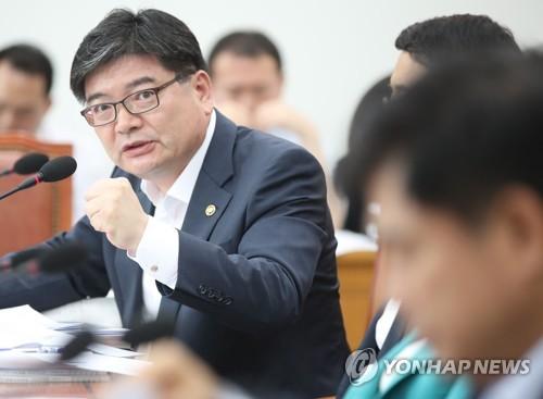 """정부 """"민간채용 집중되는 추석 전까지 추경 70% 집행"""""""