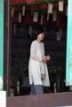 Samsung chief's wife at Buddhist ritual