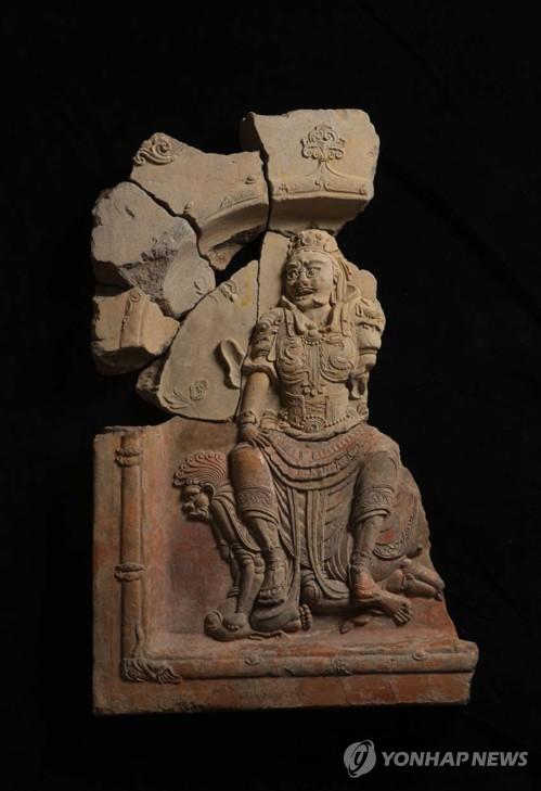 경주 사천왕사의 수호신 조각, 완벽한 모습으로 복원된다