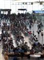 ازدحام في مطار كيم هيه الدولي