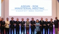 Chefs des diplomaties sud-coréenne et de l'Asean