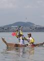 紙の船で漢江渡る レース大会開催